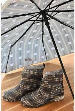 Edelweiss Stiefeletten und Schirm Vollautomatik